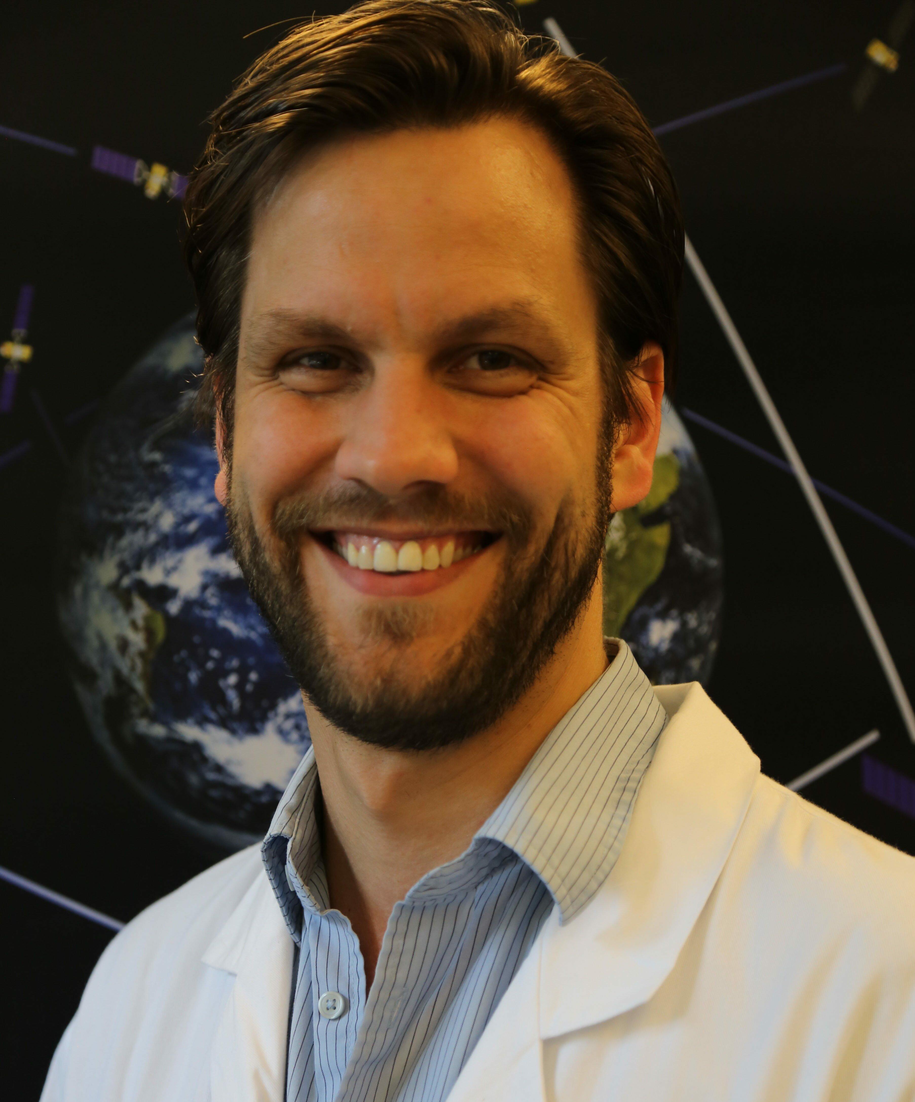 Dr. Dirk Stiefs
